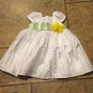 Super cute dress 6 month